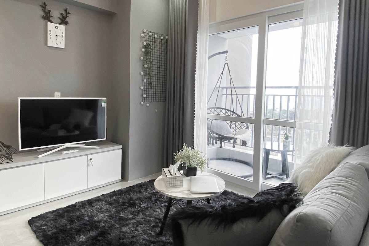 Grey Oceanus * 2BR Scandinavian-style apartment