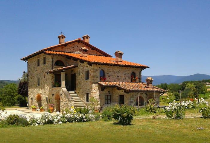 Villino quiet unforgettable place inTuscany's hart