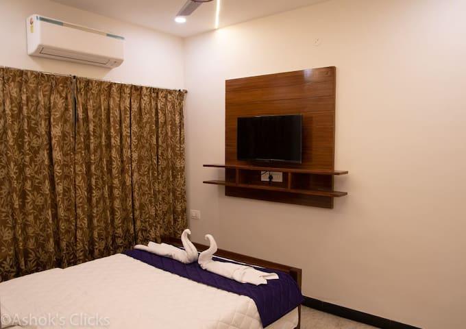 Sathamangalam的民宿