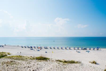 Boardwalk Condo with Spectacular Ocean Views