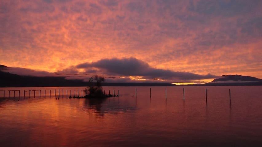Upper Lake的民宿