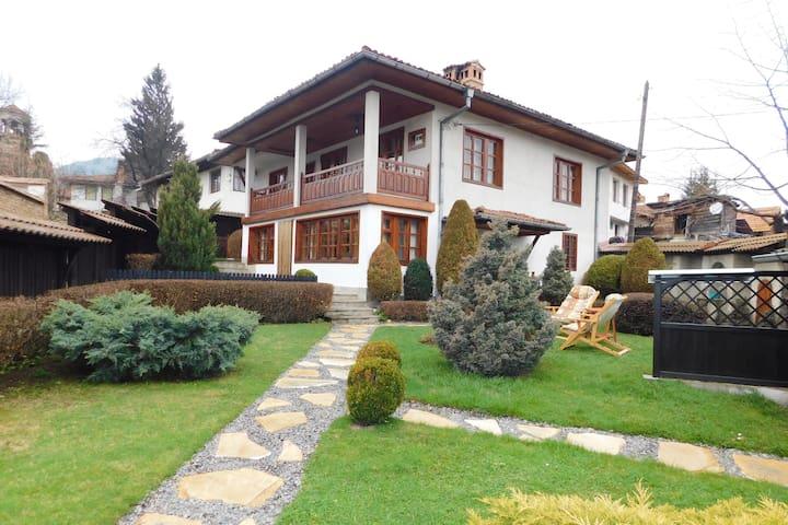 Sofia Province的民宿