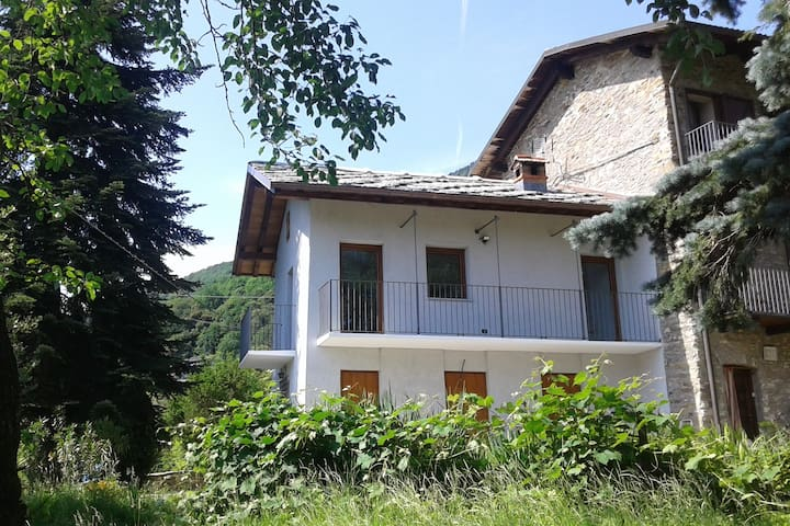 Countryhouse near Turin and Reggia di Venaria