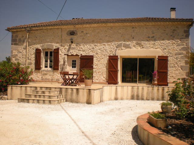 Grézet-Cavagnan的民宿