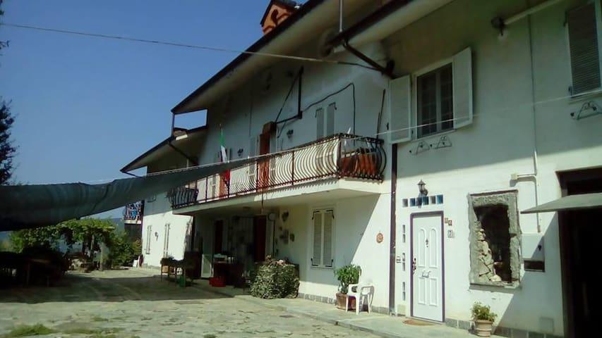 Casalborgone的民宿