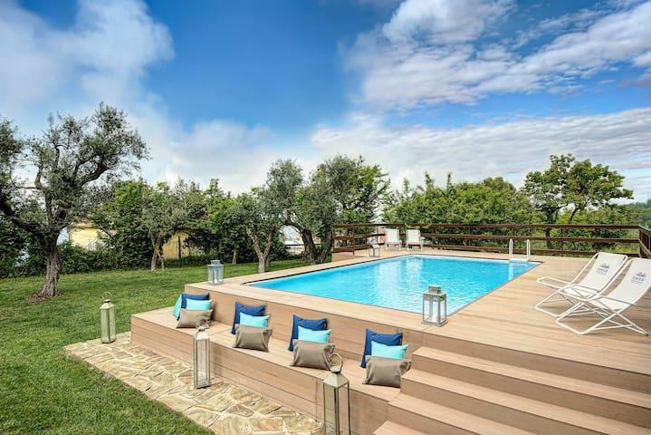 Villa Vesuvio - Luxury and Beauty