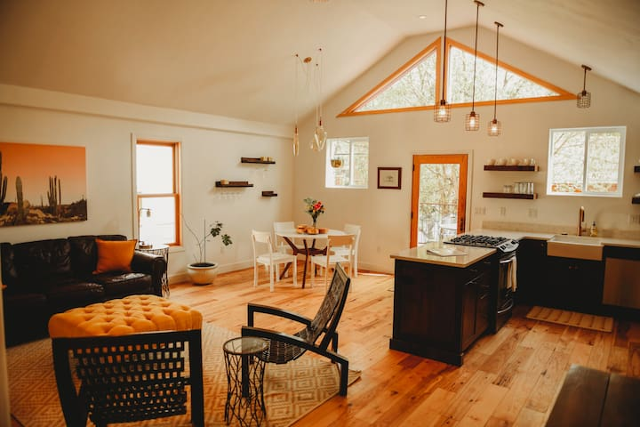 Downtown Ouray Townhouse - Walk to Everything!