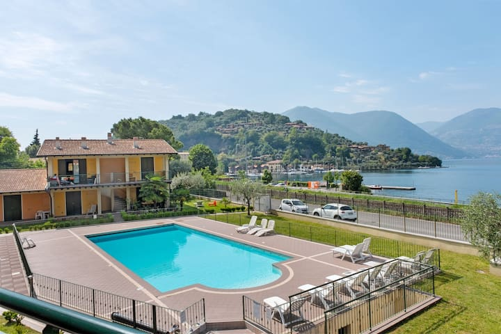 Mountain-view Apartment in Sulzano with Swimming Pool
