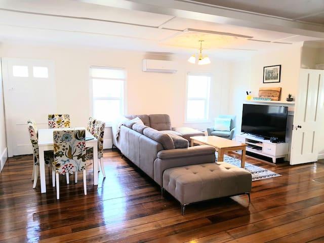128 Murray Apartment 2 'Sassafras' | Hobart CBD