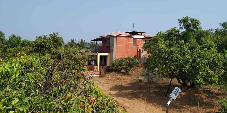 Kriyan Villa at Vilaye. 20kms before Ganapatipule.
