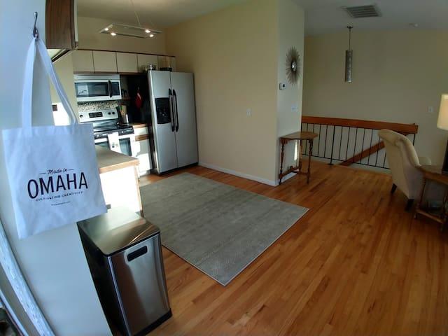 Home in Aksarben: Central&Cozy--1BD/1.5BA/Garage