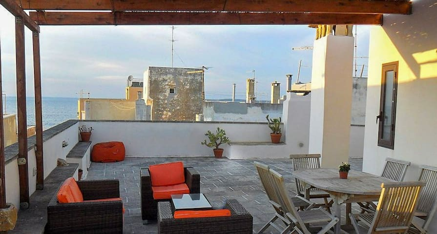 Apartment with sea view terrace
