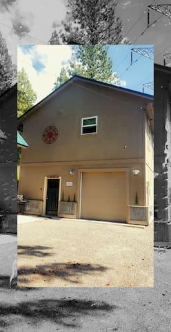 莱温芙丝(Leavenworth)的民宿