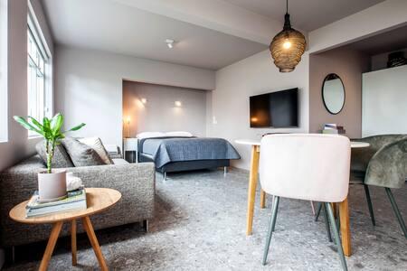 Scandi Chic Apartment Downtown Reykjavik