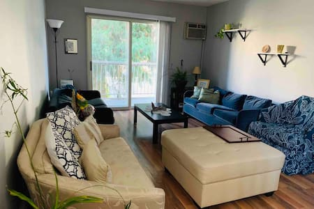 Kelowna's affordable room close to hospital, beach