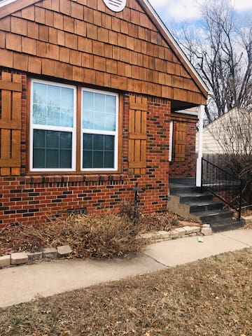 3 BR house close to downtown & state fair/OKC