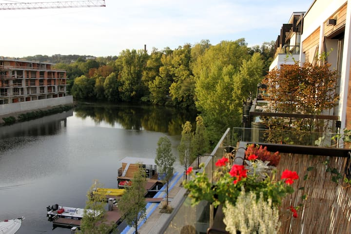 Praha 8的民宿