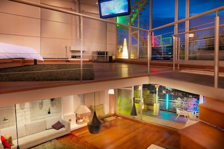 Beautiful duplex penthouse, jacuzzi