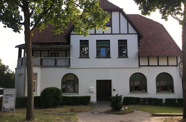 Häuslingen的民宿