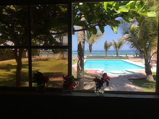 Playa El Pimental的民宿