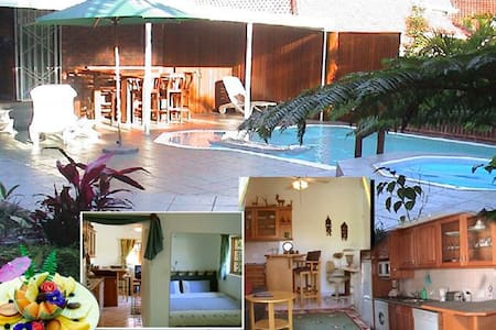 Luxury at 230 (Cottage)