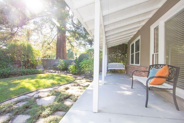 Garden view room in beautiful home