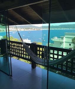 6. Cobertura Vista Mar 360• Bombinhas