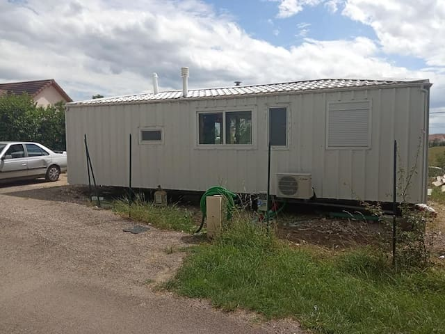 Mobil home,clim parking, terrasse, table, barbecue