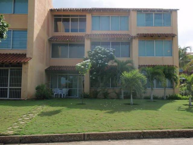 Manzanillo的民宿
