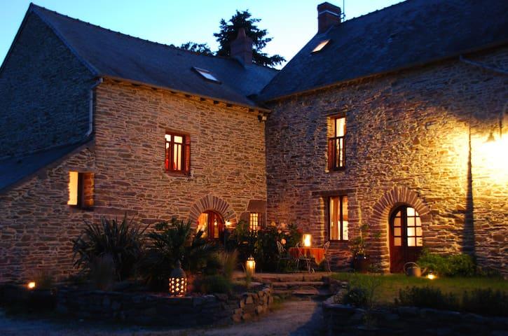 Maure-de-Bretagne的民宿