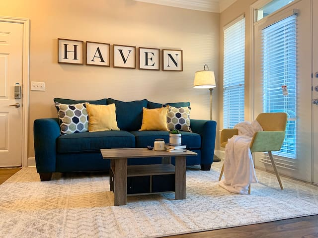 🏅The Haven🔹King Bed🔹NRG 🏟🔹Med Center🔹Steam Cleaned