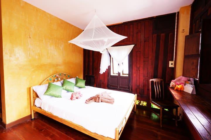 บ้านอีฟNo.8 Ayutthaya Thai House #3rooms 6people