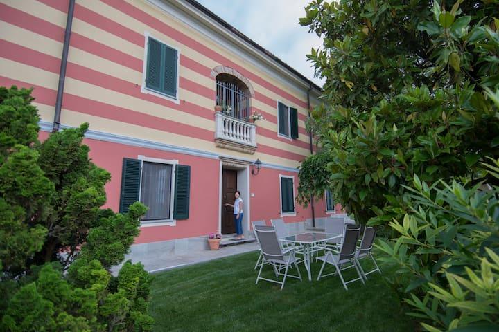 Castelletto Merli的民宿