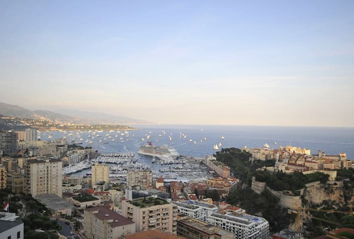 Monaco/Beausoleil - 3 bed, large terrace