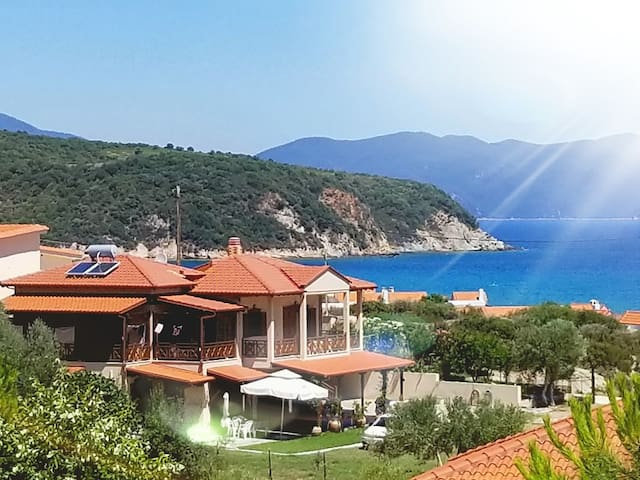 Ierissos的民宿