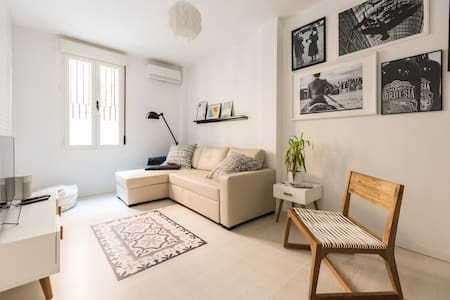 CENTER. Ozone Cleaning. A/A. Close to Plaza Mayor!