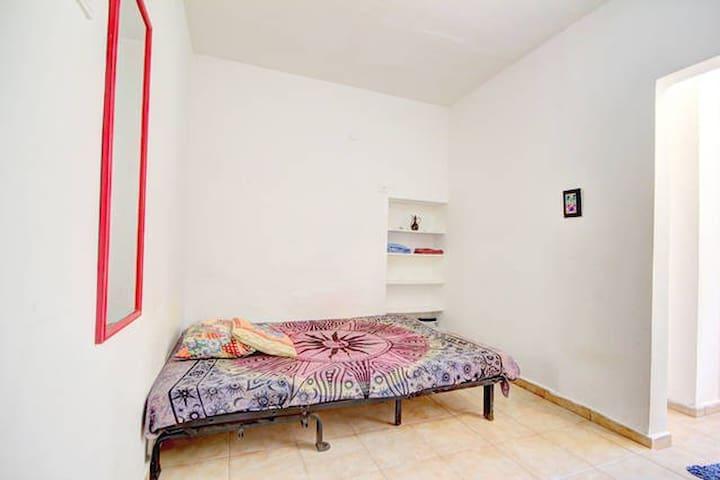 Privat studio furnished, Center TLV
