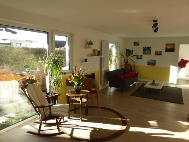 2 Zimmer Wohnung - Großraum Stuttgart - naturnah