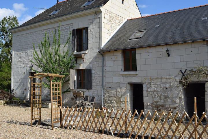 Saint-Germain-sur-Vienne的民宿