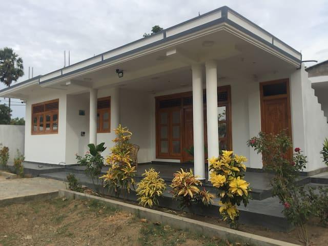 Kilinochchi的民宿