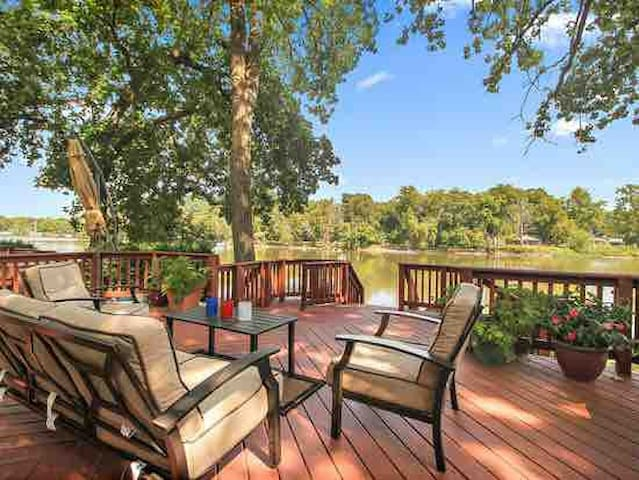 The Family Retreat / Home is for sale