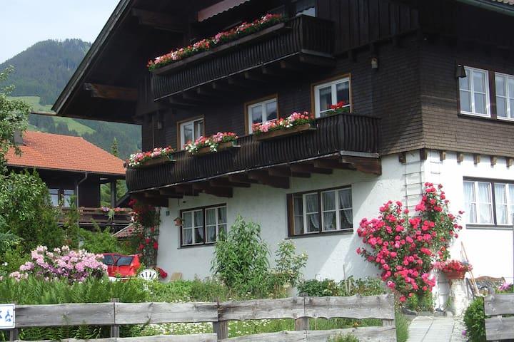 Obermaiselstein的民宿