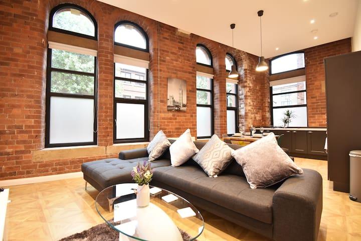 Luxury Manhattan-Styled Inner-City-Centre Hideaway