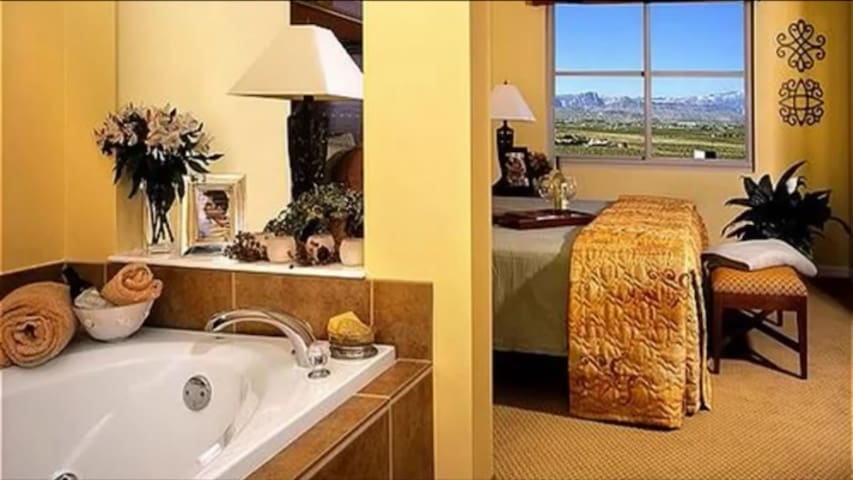 """**LUXURY CONDO"""" At The Grand View At Las Vegas**"""