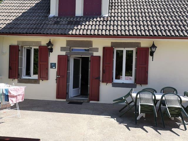 Anglards-de-Salers的民宿