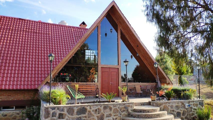 Cabaña Huasca Chalet | Kitchen, Billard, TV, WiFi