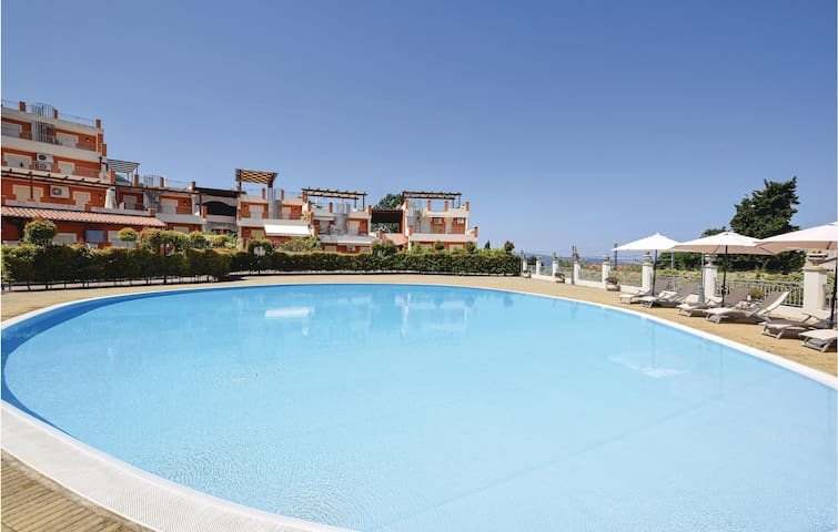 Holiday apartment with 2 bedrooms on 80m² in Pizzo Calabro VV
