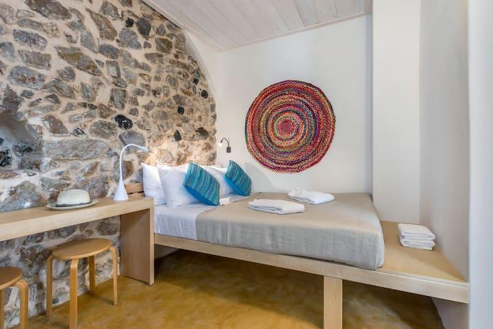 "Canava Villas ""Suite"" Santorini"