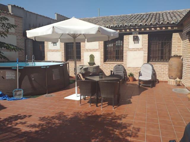 Alcabón的民宿