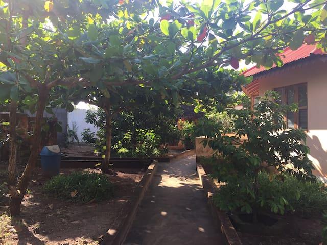 Karibu at Mwana House! 6